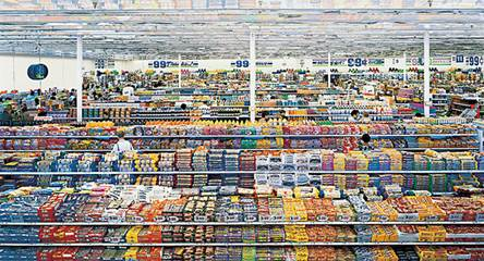 Andreas Gursky. 99 Cent II Diptchon. 2001