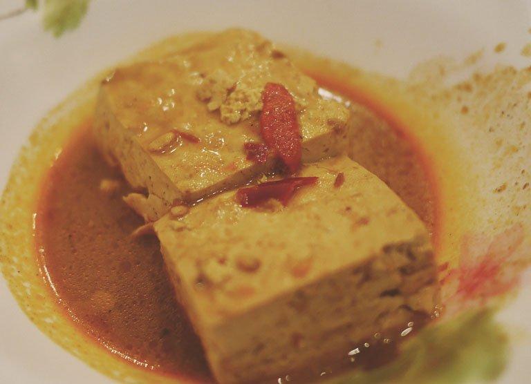 taipei vegetarian food - ximending quan zhen smelly tofu