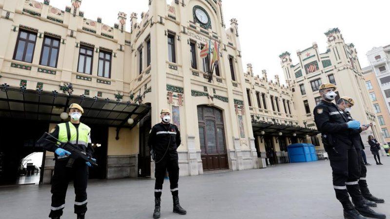 Spain in absolute quarantine as coronavirus cases rise to 7,700 ...