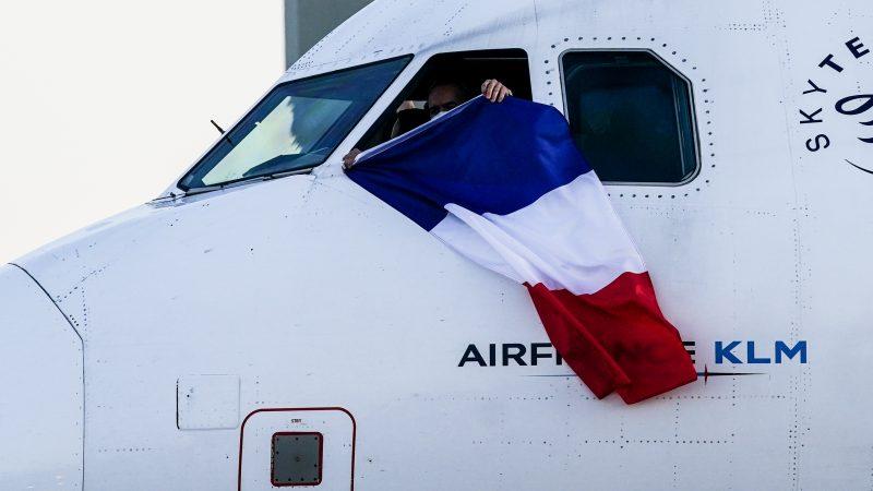 Air France, unions rail against EU bailout conditions