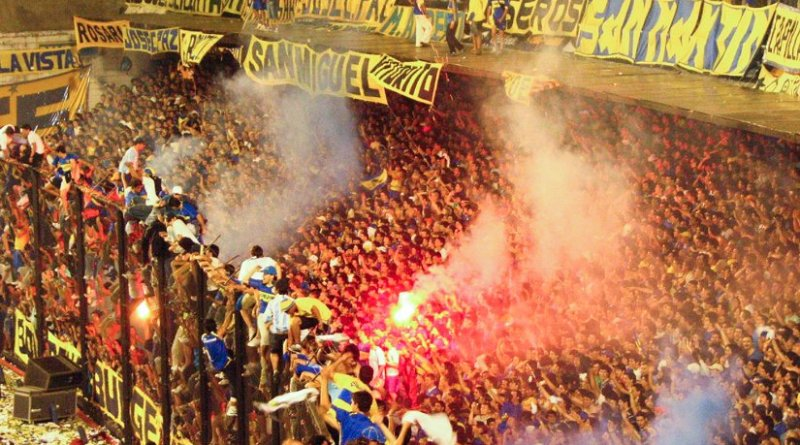 Boca Juniors fans in the second leg of the 2005 South American Cup Final. Photo by Nica, Wikimedia Commons.