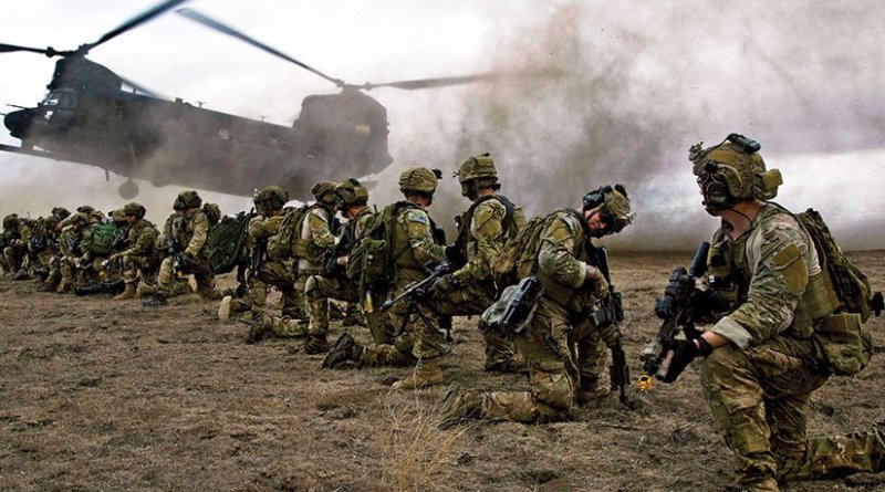 Army Rangers assigned to 2nd Battalion, 75th Ranger Regiment, prepare for extraction during Task Force Training on Fort Hunter Liggett, CA, January 2014 (U.S. Army/Steven Hitchcock)