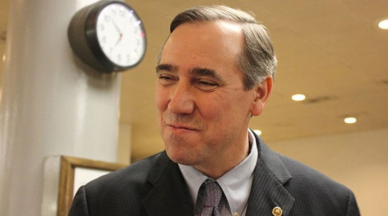 Oregon Senator Jeff Merkley. Photo by Medill DC, Wikipedia Commons,