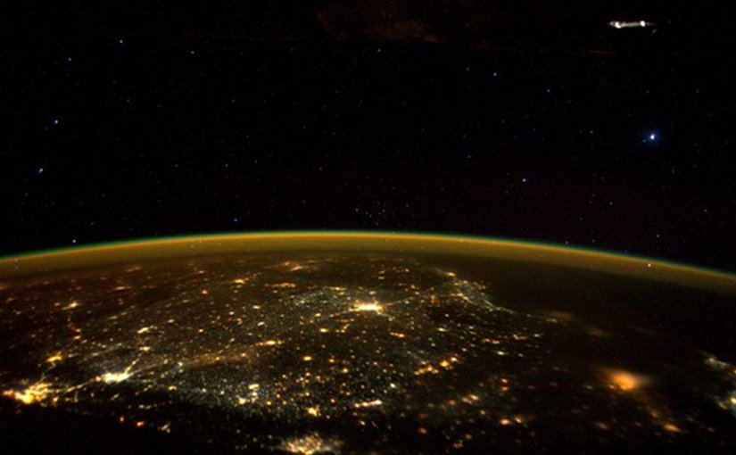 Astronaut Tweets 'UFO' Picture? | Eurasia Review