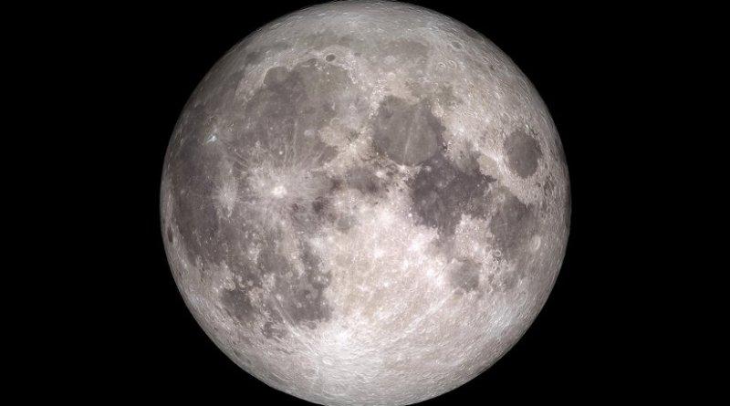 How the moon will appear on Christmas, 2015. Credit: NASA/Goddard/Lunar Reconnaissance Orbiter