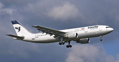 Iran Air. Photo by Adrian Pingstone, Wikipedia Commons.