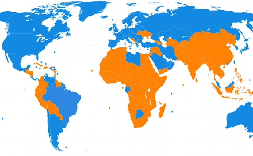 World map showing countries above and below the world GDP (PPP) per capita, currently $10,700. Source: IMF (International Monetary Fund). Blue above world GDP (PPP) per capita. Orange below world GDP (PPP) per capita