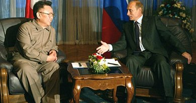 President Vladimir Putin meeting with North Korean leader Kim Jong Il. Source: Kremlin.ru, Wikipedia Commons.