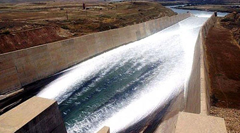 Chuteway of Iraq's Mosul Dam. Photo Credit: United States Army Corps of Engineers, Wikipedia Commons.