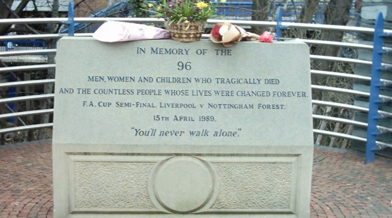 The Memorial to the fatalities of the Hillsborough disaster at Hillsborough Stadium. Photo by Superbfc, Wikipedia Commons.