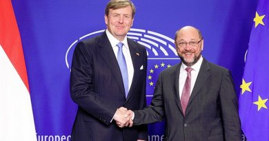 The Netherlands' King Willem-Alexander and President of the European Parliament Martin Schulz. Photo Credit: European Union.