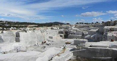 Open pit granite quarry in Cadalso de los Vidrios. / D. M. Freire-Lista/IGEO (CSIC-UCM)
