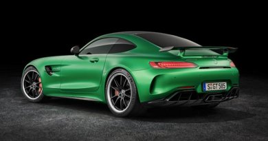 Mercedes-Benz AMG GT R; 2016; studio; Exterior: AMG Green Hell magno. Photo Credit: Daimler Mercedes-Benz