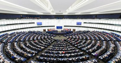 The European Parliament. Photo by Diliff, Wikipedia Commons.