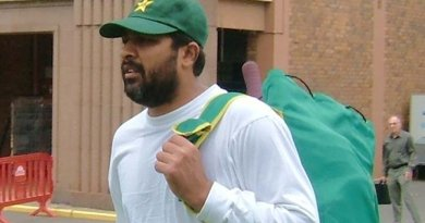 Pakistan's Inzamam-ul-Haq. Photo by paddynapper, Wikipedia Commons.