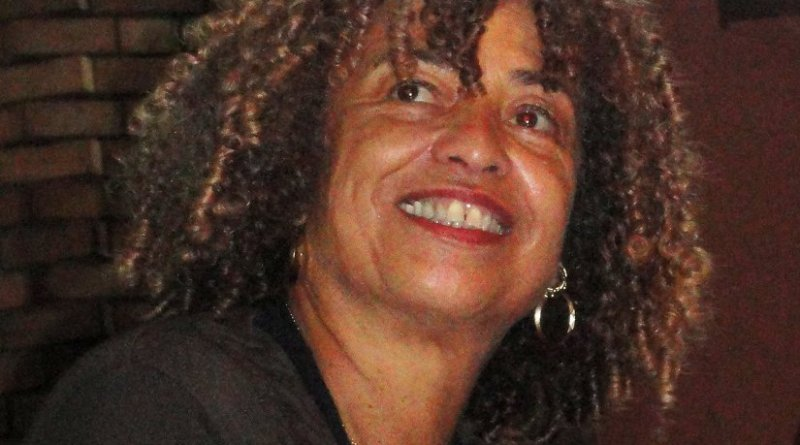 Angela Davis. Photo by DILINHOS, Wikipedia Commons.