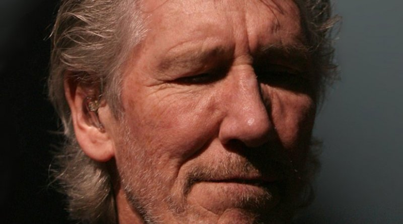 Roger Waters. Photo by Alterna2, Wikipedia Commons.