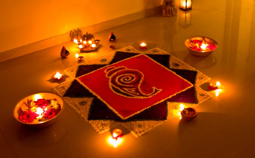Rangoli decorations, made using coloured powder, are popular during Diwali. Photo by Subharnab Majumdar, Wikipedia Commons.