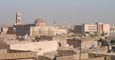 A view of Iraqi city Qaraqosh (Bakhdida). Photo by Chaldean, Wikipedia Commons.