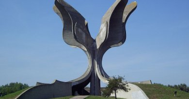 Jasenovac Monument devoted to the victims to Jasenovac concentration camp, Croatia. Photo by Bern Bartsch, Wikipedia Commons.
