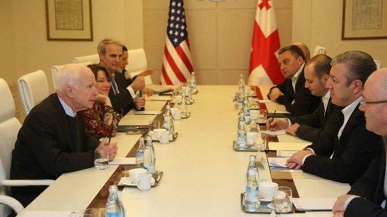 Georgia's Prime Minister Giorgi Kvirikashvili meets with Chair of the US Senate Armed Services Committee John McCain and Senators Lindsey Graham and Amy Klobuchar. Photo Credit: Georgian PM Office.