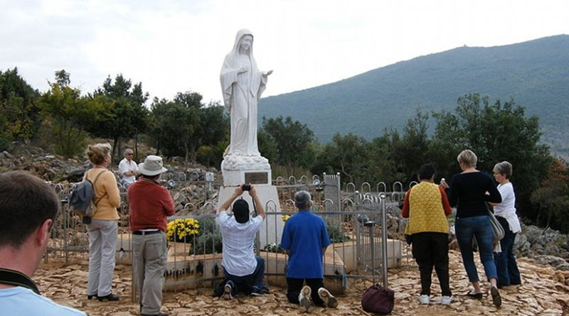 Statue of Virgin Mary at Podbrdo, place of apparition in Medjugorje, Bosnia. Photo by Beemwej, Wikipedia Commons.