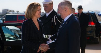 US Defense Secretary Jim Mattis greets Spain's Minister of Defence Maria Dolores de Cospedal before a meeting at the Pentagon in Washington, D.C., March 23, 2017. (DOD photo by Army Sgt. Amber I. Smith)