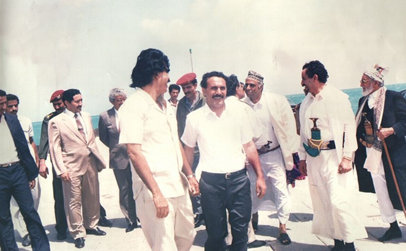 Ali Abdullah Saleh and Ali Salim Al-Beidh, picture was taken right the unification of Yemen 1990. Source: Wikipedia Commons.