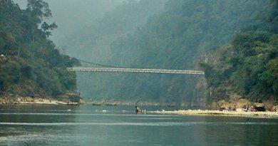 Zero point at Zuflong, Sylhet, Bangladesh border with Indian state of Meghalaya. Photo by Mahmudur Rahman Mithun, Wikipedia Commons.