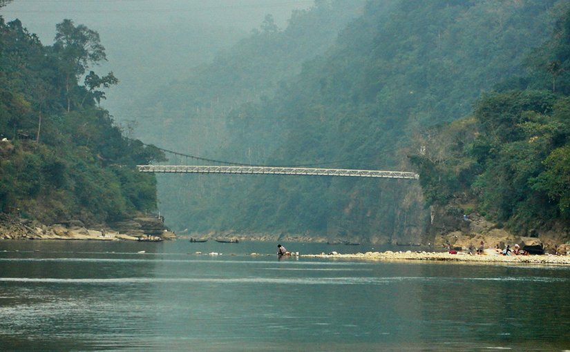 Zero point at Zuflong, Sylhet, Bangladesh border with Indian state of Meghalaya. Photo by Mahmudur Rahman Mithun, Wikipedia Commons.