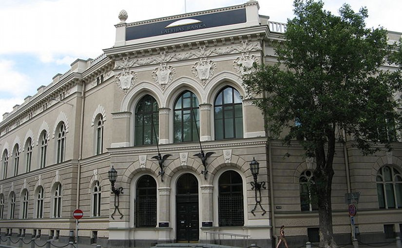 Bank of Latvia headquarters in Riga. Photo by Kaihsu Tai, Wikipedia Commons.