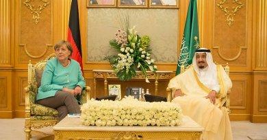 Saudi Arabia's King Salman bin Abdulaziz Al Saud and Germany's Chancellor Angela Merkel. Photo Credit: SPA