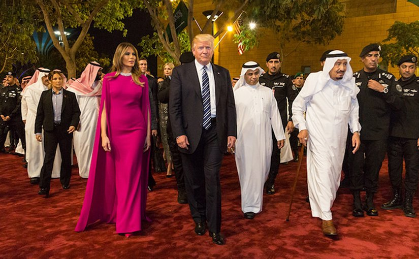 President Donald Trump and First Lady Melania Trump arrive to the Murabba Palace, escorted by King Salman bin Abdulaziz Al Saud of Saudi Arabia, Saturday evening, May 20, 2017, in Riyadh, Saudi Arabia, to attend a banquet in their honor. (Official White House Photo by Shealah Craighead)