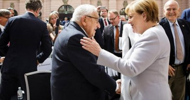 Henry Kissinger and Germany's Angela Merkel in Berlin on 21 June 2017. Source: German Federal Government website