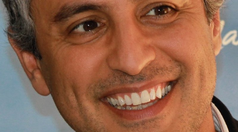 Reza Aslan. Photo by Larry D. Moore, Wikipedia Commons.