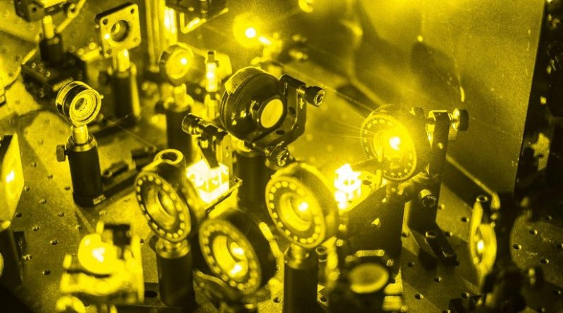 Researchers can generate perfectly random numbers by using the quantum properties of light. Credit © Thomas Le Provost