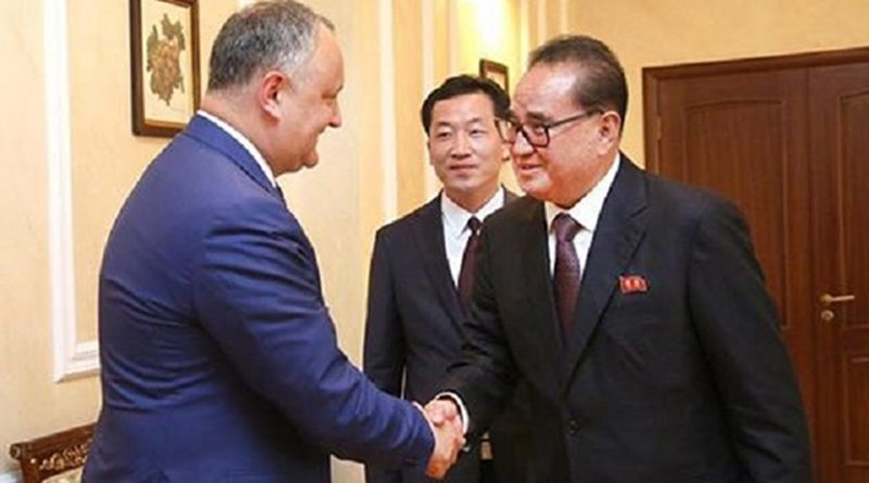 Moldovan president Igor Dodon, left, with Ri Su Yong, vice-president of the Central Committee of the Workers' Party of North Korea. Photo: Igor Dodon/Facebook.
