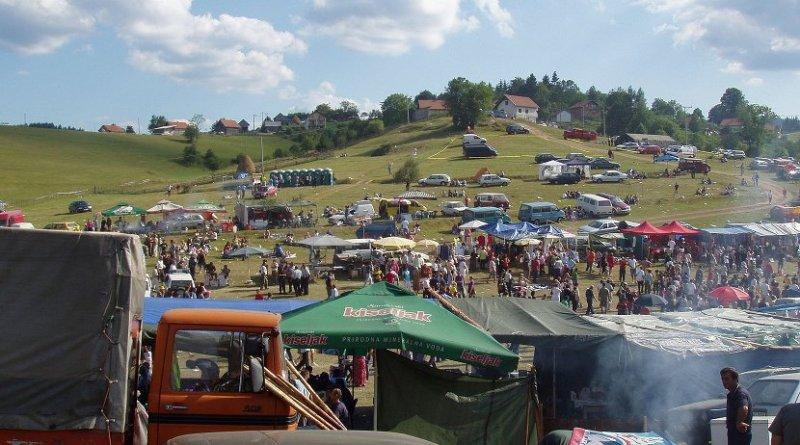Čevljanovići, Bosnia. Photo by murizvo57, Wikipedia Commons.