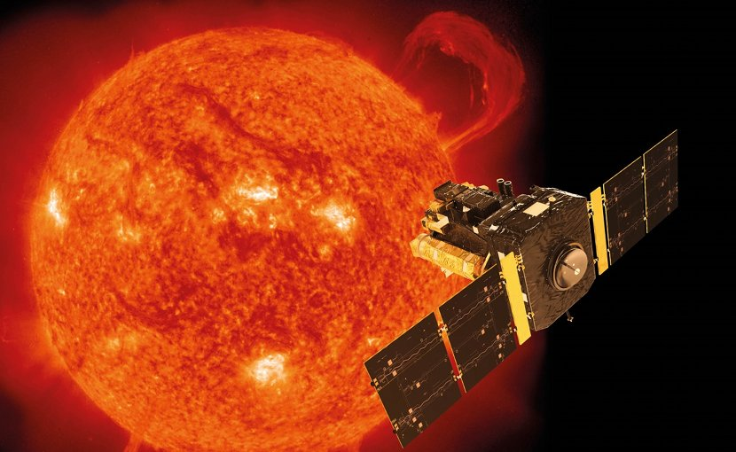 Artist's impression of ESA and NASA's SOHO space observatory in orbit around the Sun (photograph taken by SOHO's EIT instrument (Extreme-ultraviolet Imaging Telescope) on 14 September 1999). © ESA/ATG medialab/SOHO (ESA/NASA)