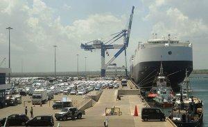 Sri Lanka's Hambanbota Port. Photo by Dinesh De Alwis, Wikimedia Commons.