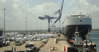 Sri Lanka's Hambanbota Port. Photo by Dinesh De Alwis, Wikimedia Commons.