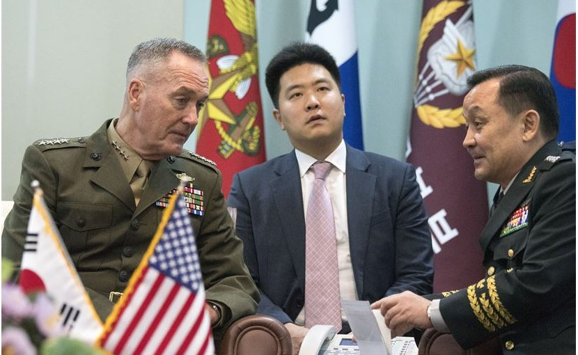 Marine Corps Gen. Joe Dunford, left, chairman of the Joint Chiefs of Staff, meets with Gen. Lee Sun-jin, chairman of the South Korean Joint Chiefs of Staff in Seoul, South Korea, Aug. 14, 2017. DoD photo by Navy Petty Officer 1st Class Dominique A. Pineiro