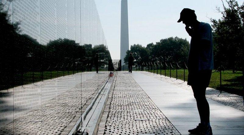 Vietnam Veterans Memorial in Washington, D.C., 2006. (Source: Hu Totya/ Wikimedia)