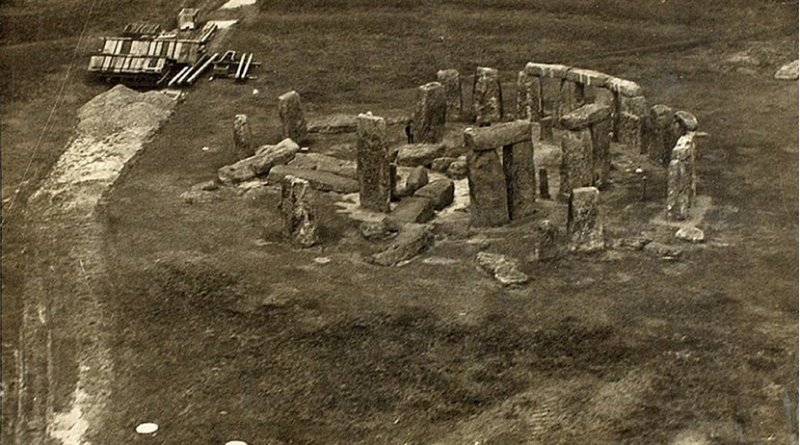 Post-WWI aerial photograph before various reconstructions of Stonehenge. Photo by Edwin Newman, Wikipedia Commons.