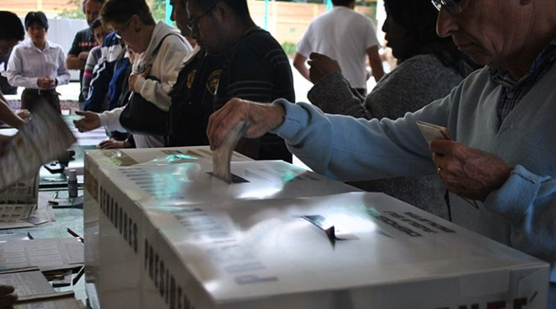 Elections in Mexico. Photo by ProtoplasmaKid, Wikipedia Commons.
