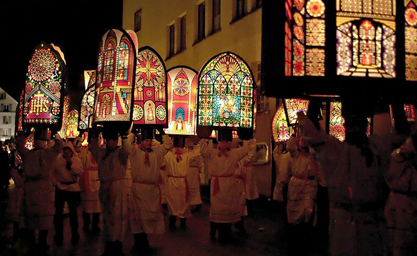 "The Klausjagen (""Nicholas chase"") festival takes place in the Swiss town of Küssnacht on the eve of St. Nicholas Day. Photo by Matthias Zepper, Wikipedia Commons."