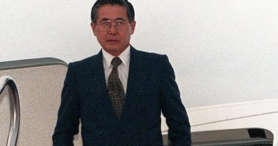 Peru's Alberto Fujimori. Photo by Staff Sergeant Karen L. Sanders, United States Air Force, Wikipedia Commons.