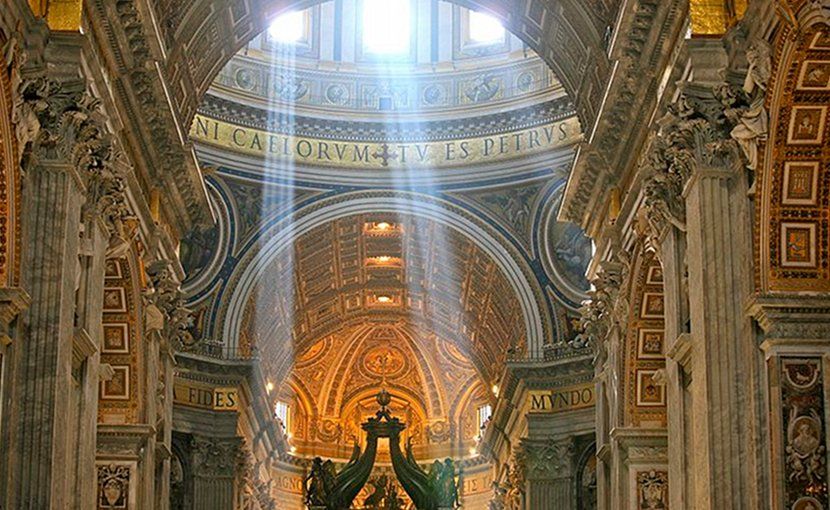 Crepuscular Rays at Noon in Saint Peter's Basilica, Vatican City. Photo by Alex Proimos, Wikimedia Commons.