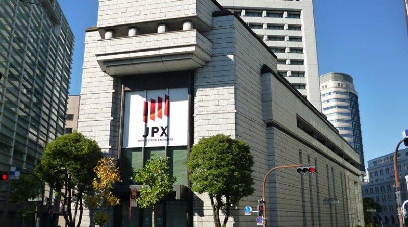 Japan Stock Exchange. Photo by EXECUTOR, Wikimedia Commons.