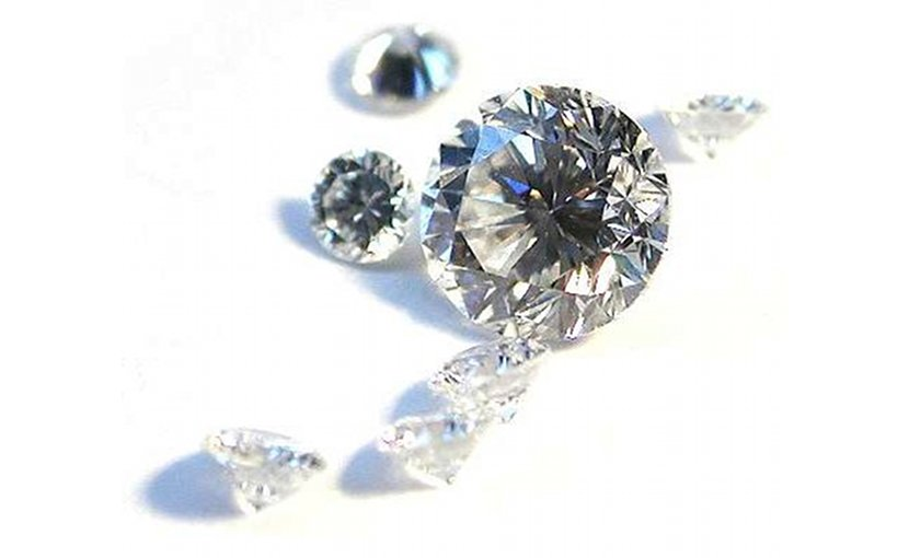 Diamonds. Photo by Mario Sarto, Wikipedia Commons.